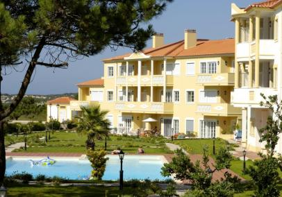 Portugal holiday apartments accommodation rental | Praia D'El Rey 3 bed apartmen