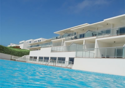 Portugal beach holidays & accommodation | Praia D'El Rey 3 bed Beachfront townhouse