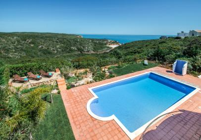Western Algarve holiday rentals, villa with pool | Villa Praia