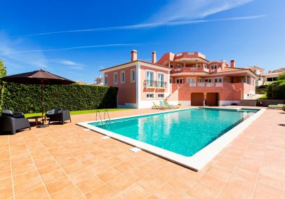 Luxury villas with pools, Silver Coast, Portugal | Casa Escarlate