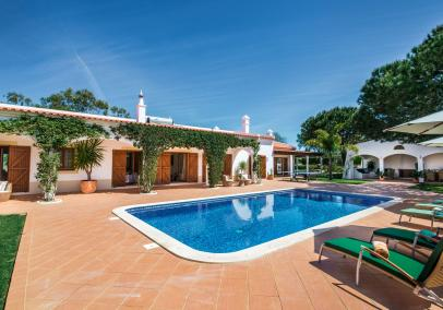 villa with Pool, Silver Coast, Portugal