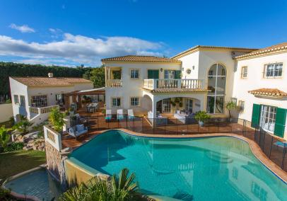 luxury villa with pool, Silver Coast, Portugal | Villa Funchal